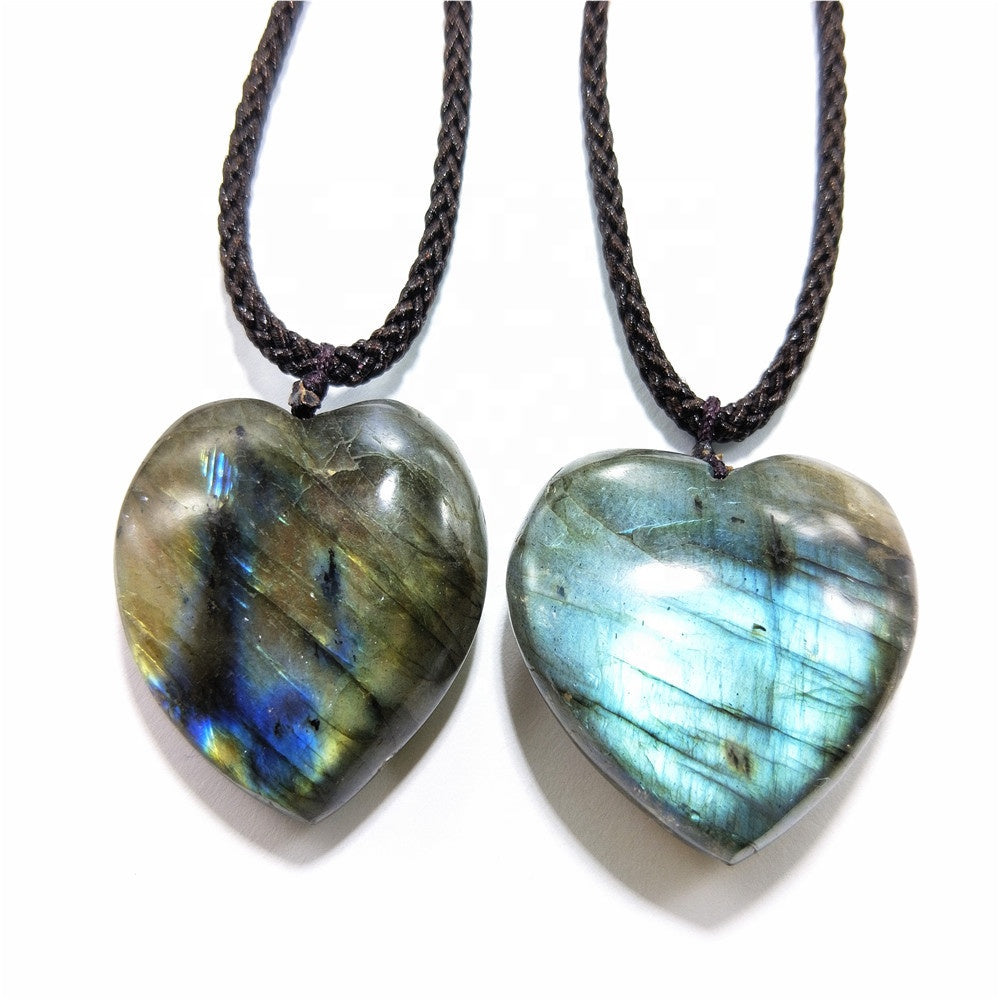 labradorite necklace, labradorite jewelry, labradorite pendant, labradorite handmade jewelry, handmade necklace, handcrafted jewelry, gemstone jewelry, gemstone necklace