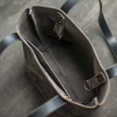Interior Picture of Leather Tote Bag - Ox & Pine Leather Goods