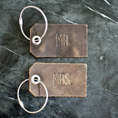 Set of Personalized Mr and Mrs Leather Luggage Tags - Rustic Brown - Wedding Gift, Couple Gift, Anniversary Gift - Ox & Pine