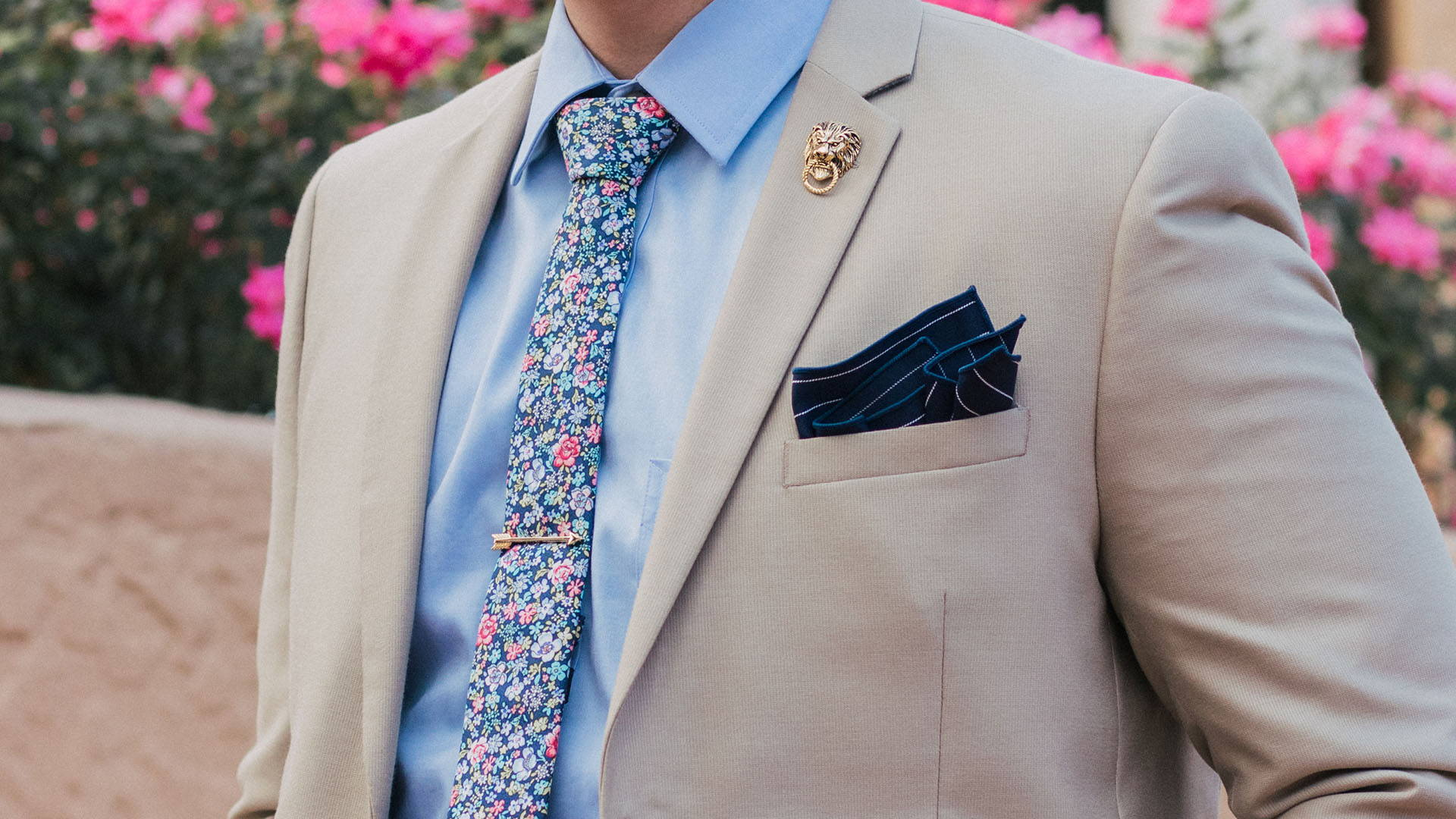 When and How to Appropriately Wear Your Floral Tie in 2020