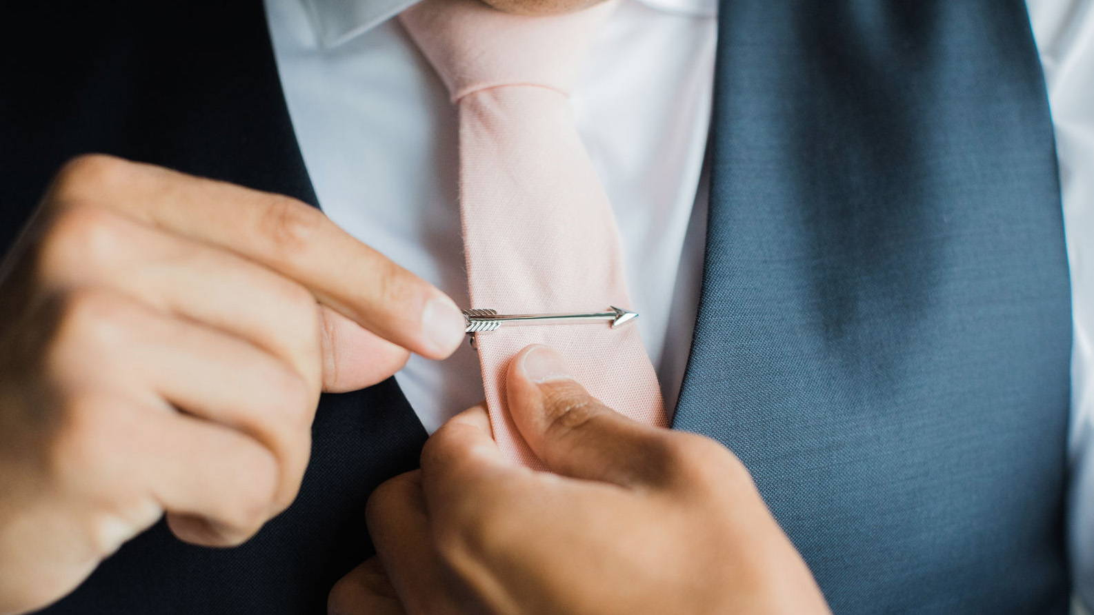 Ultimate Grooms Guide To Tie Bars