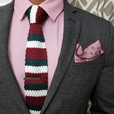 Knitted red green white tie