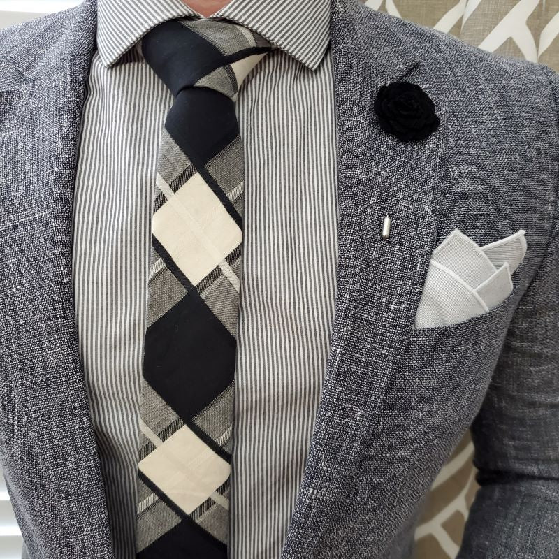 Plaid Black White Tie