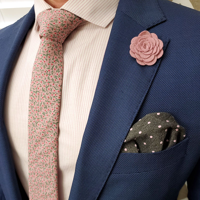 Floral Strawberry Fields Tie Set