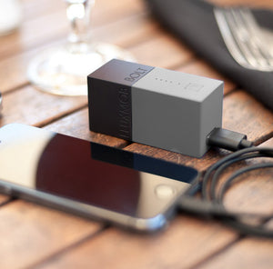 fluxmob bolt powerbank charger