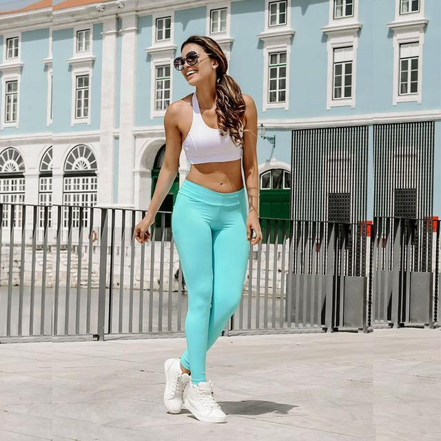 Hip Lifting Curve Accentuating Scrunch Pocket Push Up Fitness Leggings