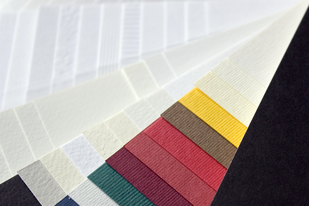How to Choose Paper Finishes for Commercial Print Jobs