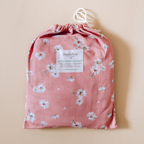 daisy cot sheet in bag
