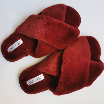 FUZZY SLIPPERS-RED