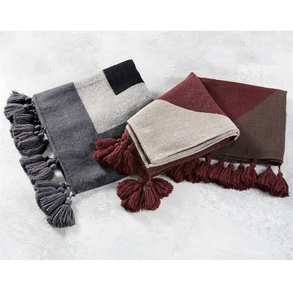 TASSELED WRAPS - GRAY