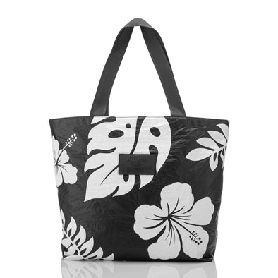 WAIPIO DAY TRIPPER TOTE