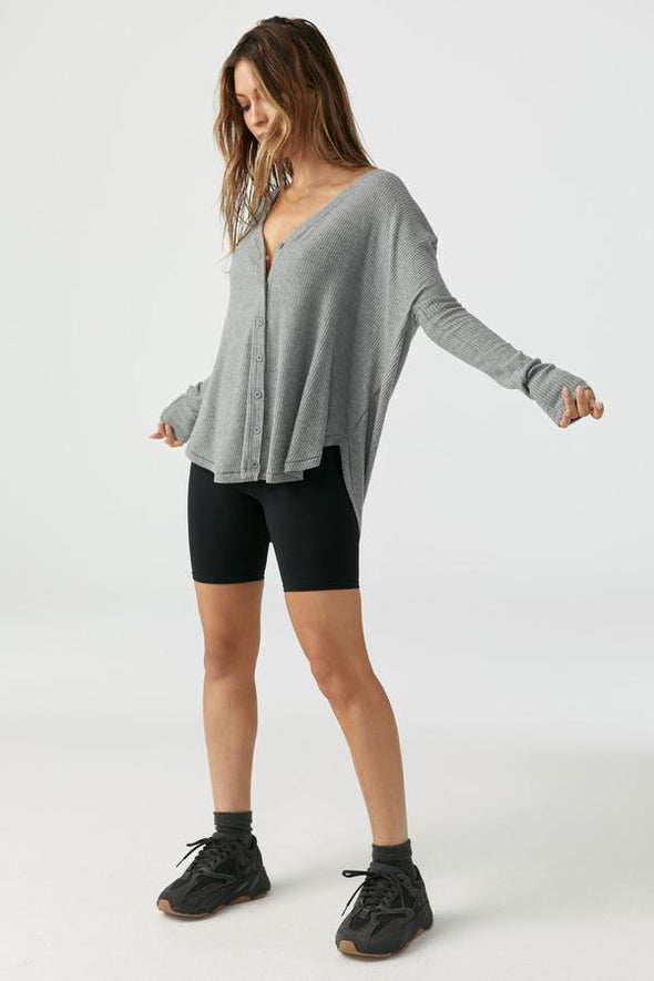 RELAXED FRONT BUTTON CARDIGAN - GREY RIB