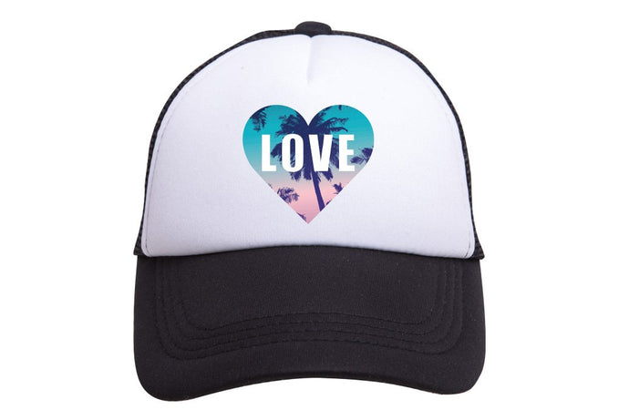 LOVE (HEART) TRUCKER