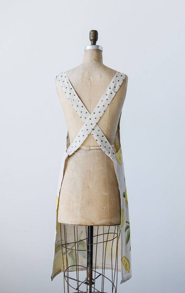 CROSS BACK APRON WITH LEMONS