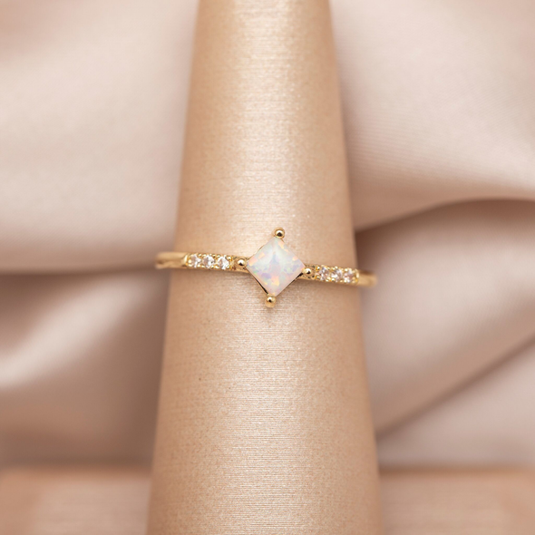 DIA OPAL RING GOLD