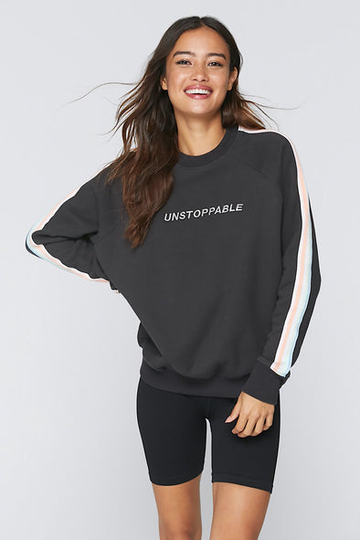 UNSTOPPABLE CLASSIC CREW SWEAT - VINTAGE BLACK