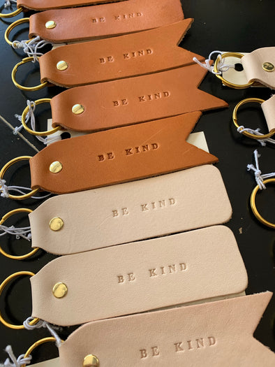 BE KIND FLAT LAY KEYCHAIN