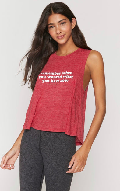 REMEMBER CROP TANK - CRIMSON