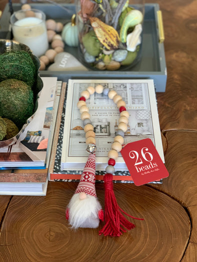 RED GNOME 26 BEAD GARLAND