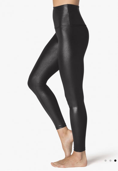 PEARLIZED HIGH WAISTED MIDI LEGGING