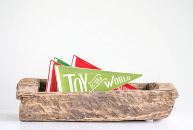 HOLIDAY CERAMIC PENNANT PLATE