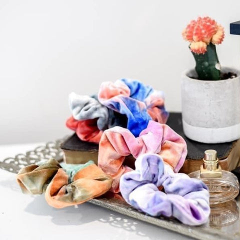 Multicolor Velvet Scrunchies - Mystery Color