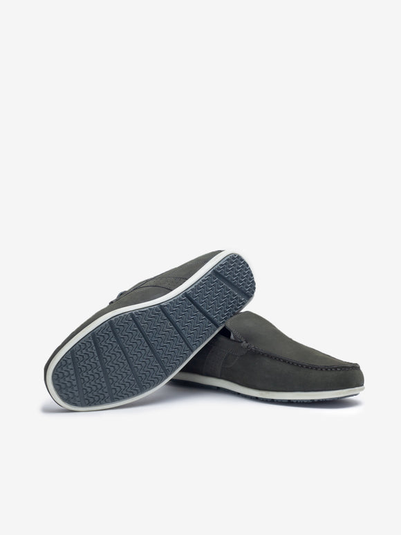 Larrie Grey Basic Loafers