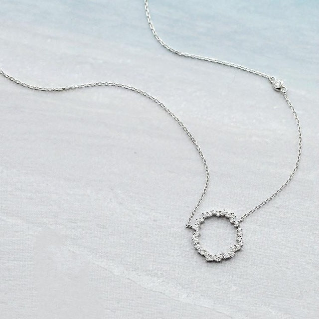 Silver Bonbon Sterling Silver  Zircon Round Necklaces