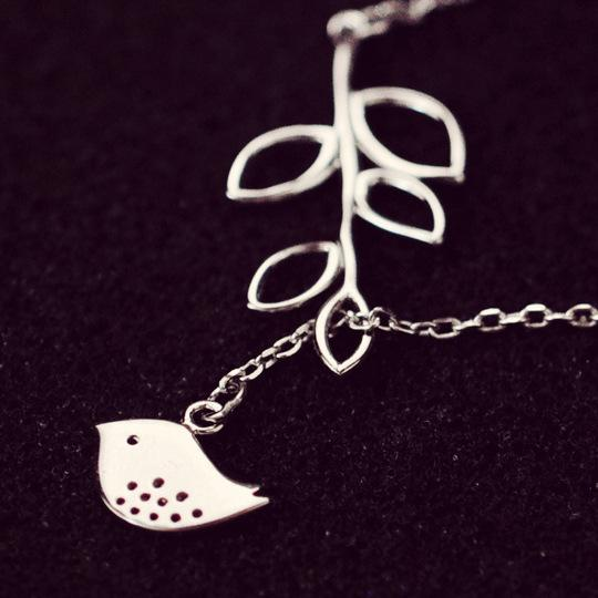 Silver Bonbon Super Cute Sterling Silver Leaves Birds Pendant Necklace
