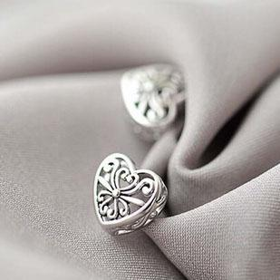 Silver Bonbon Sterling Silver Hollow Heart Filigree Stud Earrings