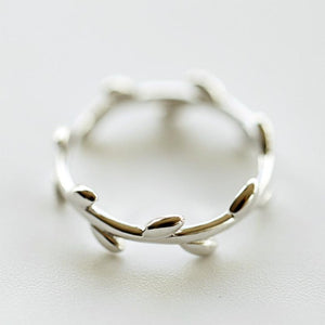 Silver Bonbon Cute Sterling Silver Olive Branch Ring