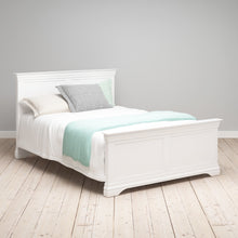 Chantilly Warm White 5ft Kingsize Bed