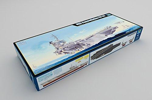 Trumpeter 05620 Model Kit USS Constellation CV 64