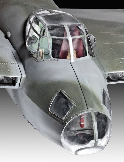 Revell Modellbausatz 04758 - Mosquito Mk. IV, Scale 1: 32