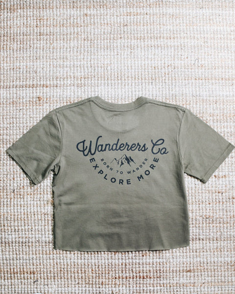 WANDERERS CO. - Explore More Crop Tee - Army Green