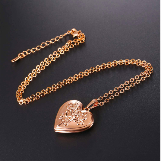 18k Heart Necklace Pendant Gold Photo Locket Frame