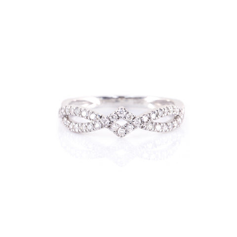 Square Frame Twist Diamond Ring