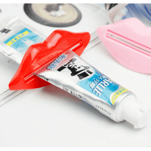 Lips Toothpaste Dispenser