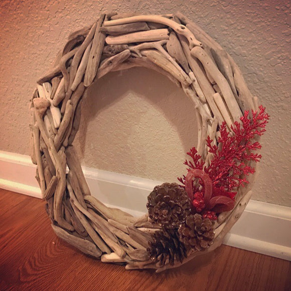 Holiday Driftwood Wreath
