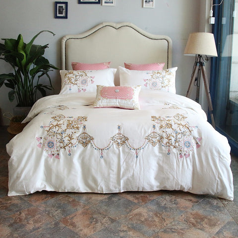 100% Egypt Cotton white Embroidery Luxury Oriental Bedding set