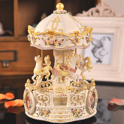 Colorful lights Continental carved carousel music box