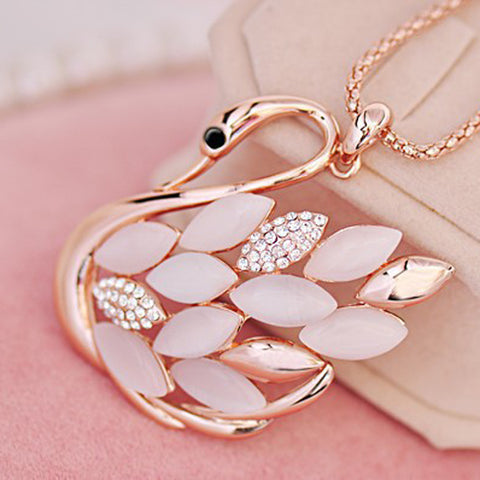 Fashion Women Charming Golden Rhinestone Opal Swan Pendants Necklace