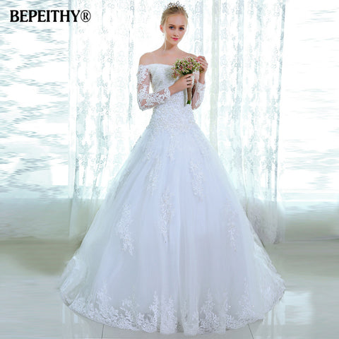 Popular Style White Lace Wedding Dress Beading