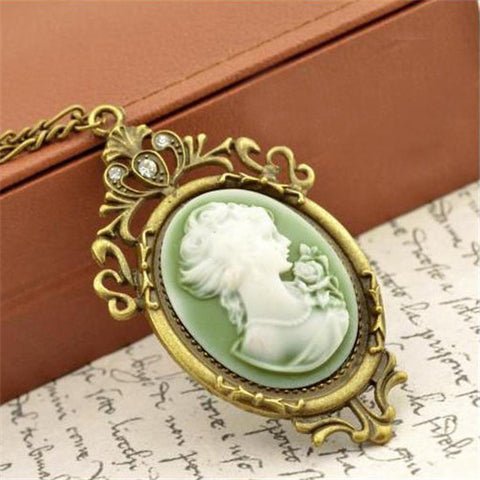 Summer Style Jewelry Vintage Antique Queen Cameo Pendant Necklace Statement Jewelry