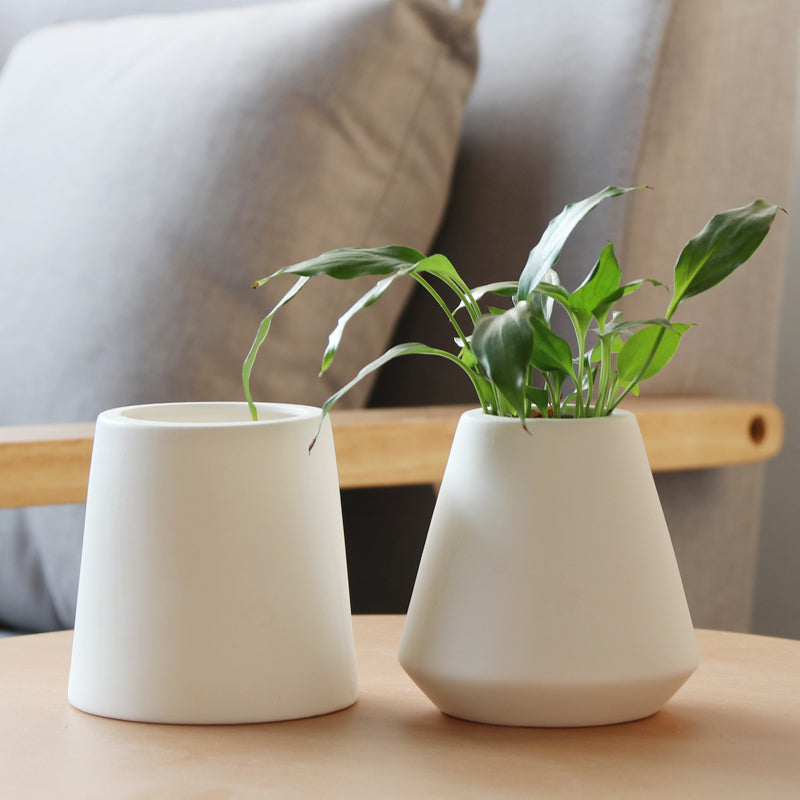 Set Of 2 Modern Plain Colour Design Flower Vases White Ceramic Vase