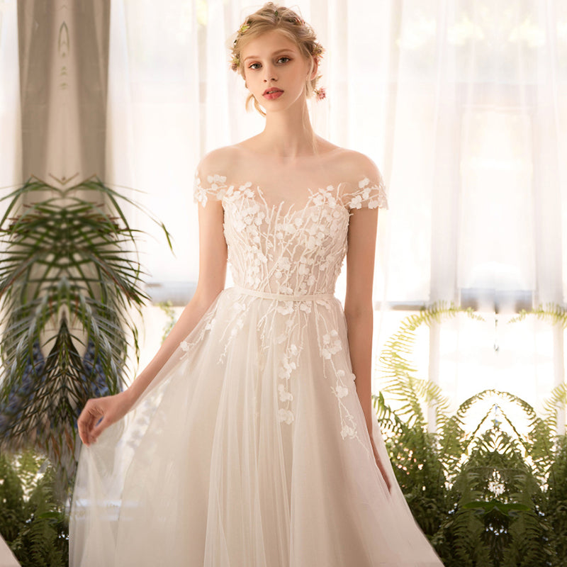 Handmade Lace wedding dress bride simple style – I sell what I love