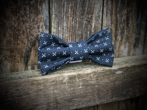 Tiny Arrows Bow Tie
