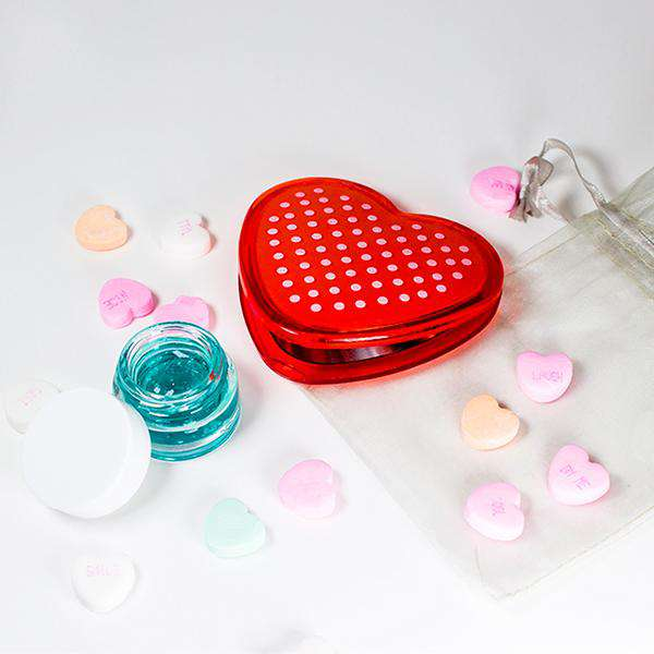 Valentine's Day mirrored compact + mini Quench & Restore Advanced Hyaluronic Treatment