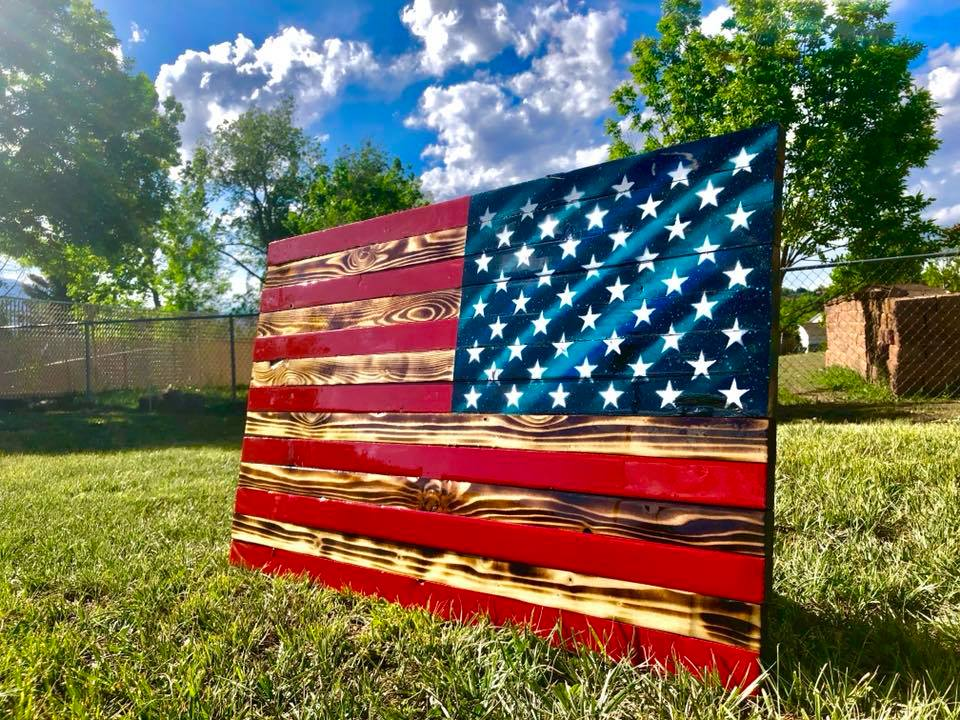 "32"" Reverse Facing American Flag"