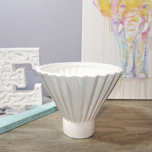 Decor Garden - Western Vase Series - Western Table Vase - White